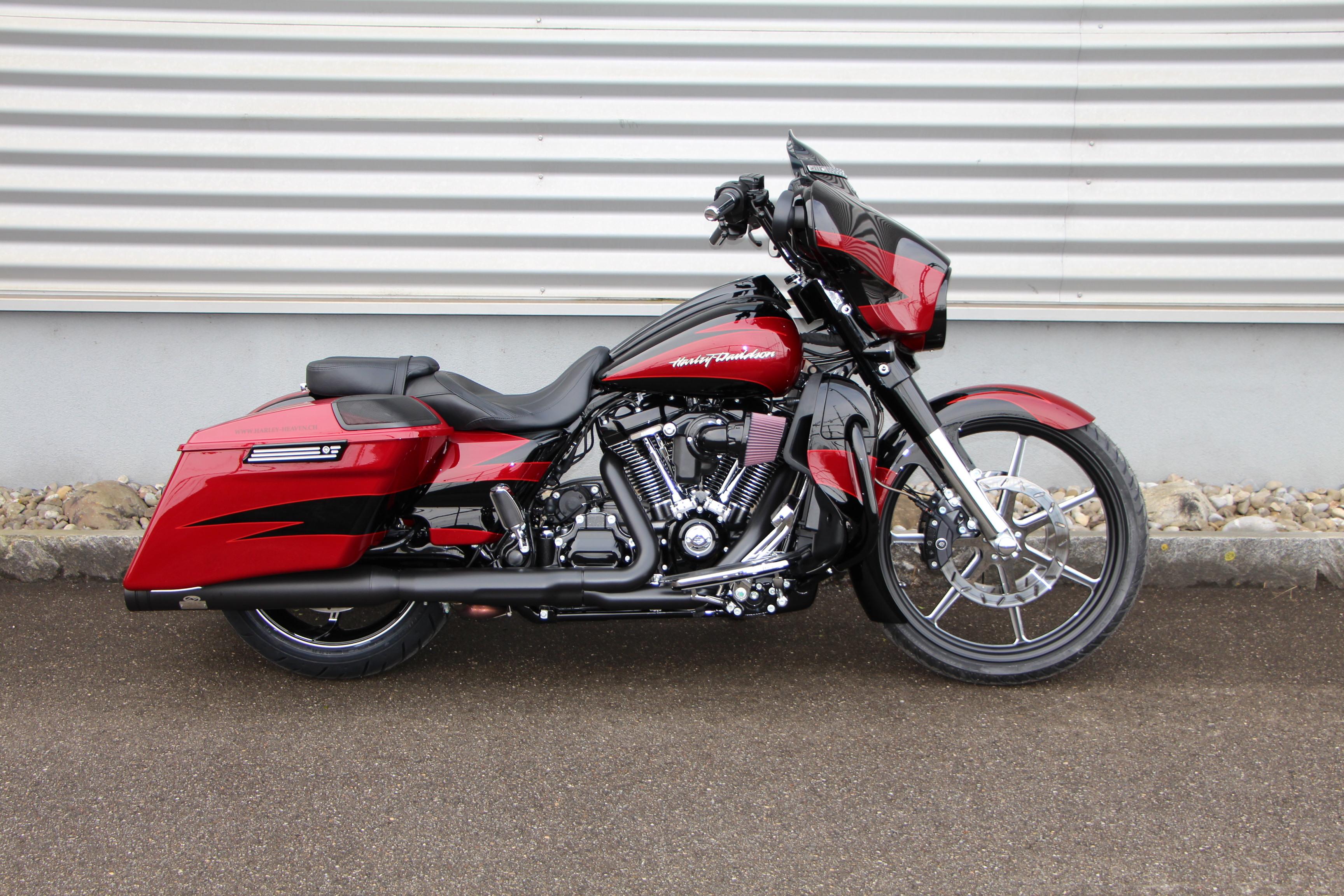 Harley Davidson Street Glide Trike